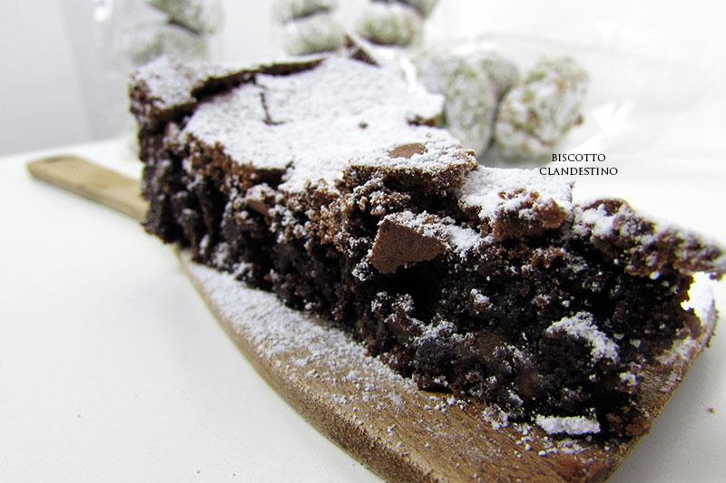 Torta Al Caffe Con Cioccolato E Mandorle Biscotto Clandestino In